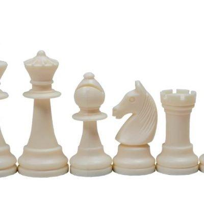 Pièces de jeu d'échecs en plastique